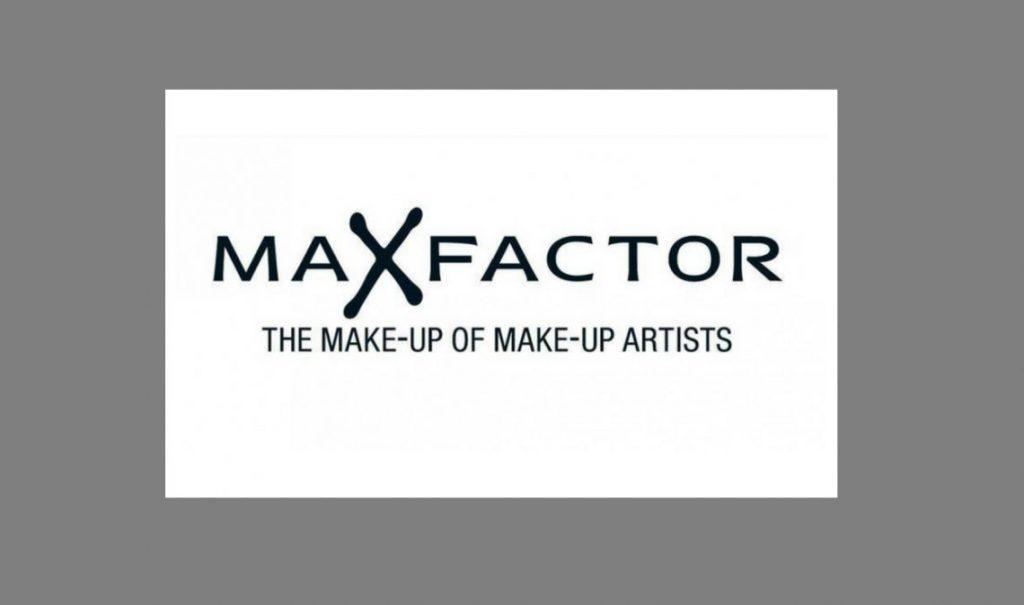 יועצת יופי בכירה בחברת Max_Factor